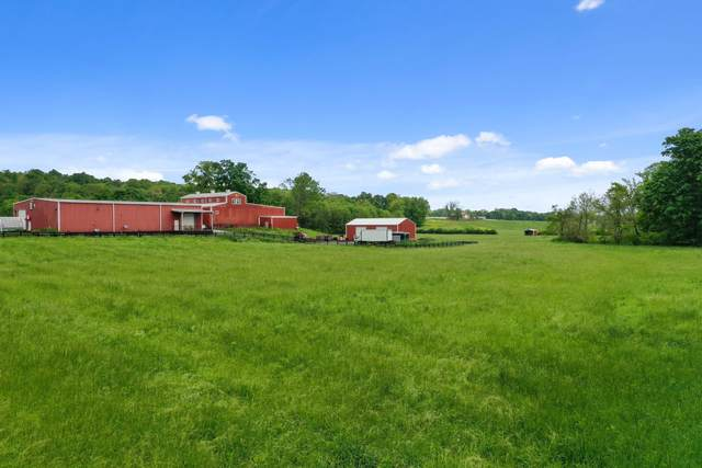 832 Jones Creek Rd, Dickson, TN 37055 (MLS #RTC2251743) :: Village Real Estate