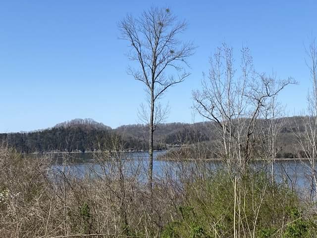 112 Wilson Circle, Smithville, TN 37166 (MLS #RTC2252199) :: HALO Realty
