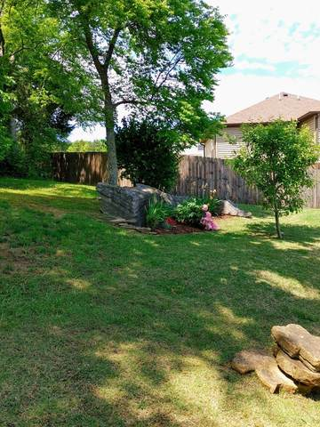 1006 Blair Oaks Ct, La Vergne, TN 37086 (MLS #RTC2252201) :: Maples Realty and Auction Co.