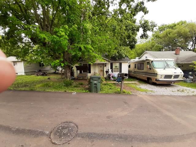 207 Church St, Portland, TN 37148 (MLS #RTC2252412) :: The DANIEL Team | Reliant Realty ERA