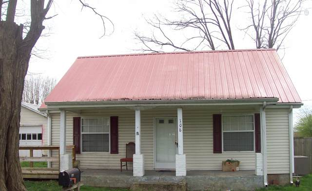 106 Walton Ave, Lafayette, TN 37083 (MLS #RTC2252797) :: HALO Realty