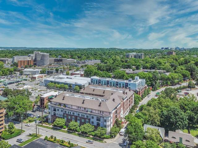4120 Ridgefield Dr #403, Nashville, TN 37205 (MLS #RTC2253538) :: Trevor W. Mitchell Real Estate