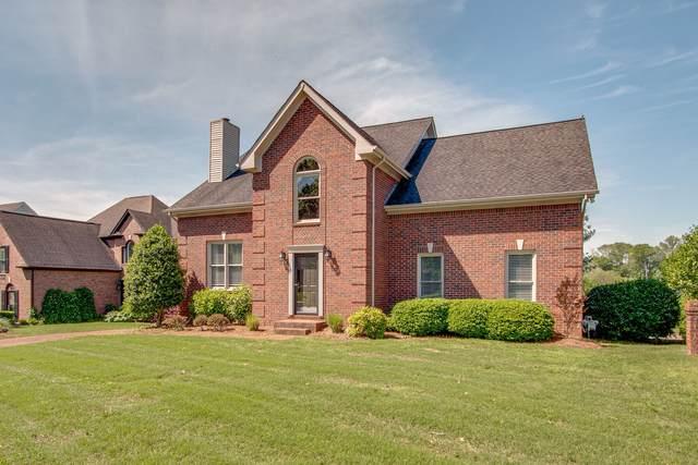 922 Riverview Dr, Franklin, TN 37064 (MLS #RTC2253579) :: Village Real Estate
