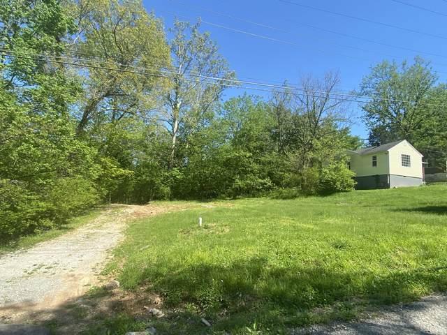 451 Shelby St, Clarksville, TN 37042 (MLS #RTC2253717) :: Christian Black Team