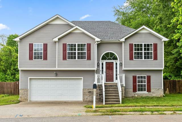 1313 Mutual Dr, Clarksville, TN 37042 (MLS #RTC2254090) :: RE/MAX Fine Homes