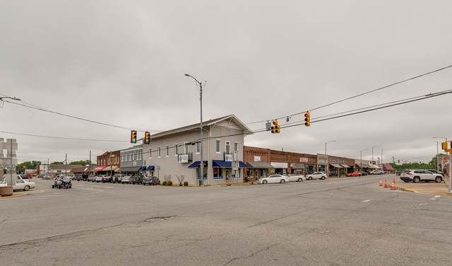 13 E Main St, Hohenwald, TN 38462 (MLS #RTC2254554) :: Nashville on the Move