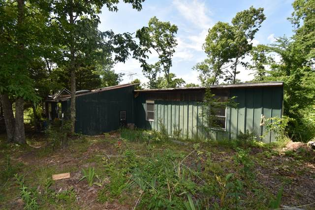 1607 Rolling Hills Rd, Lobelville, TN 37097 (MLS #RTC2258025) :: Kenny Stephens Team
