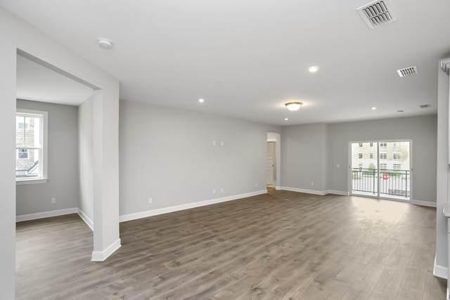 141 Saundersville Rd #2207, Hendersonville, TN 37075 (MLS #RTC2258261) :: Trevor W. Mitchell Real Estate