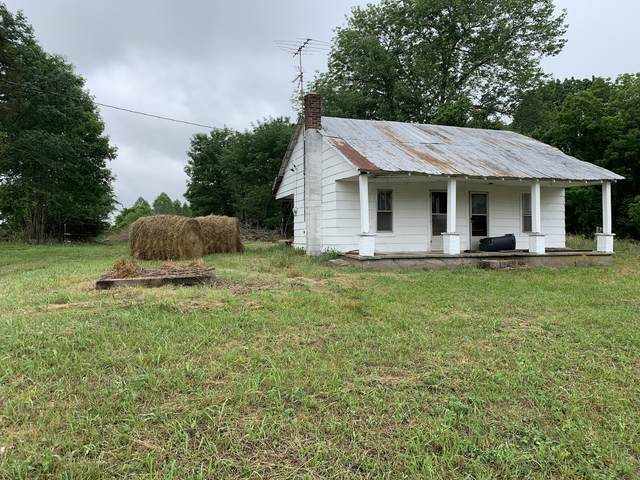 7496 Red Boiling Springs Rd, Lafayette, TN 37083 (MLS #RTC2258394) :: Candice M. Van Bibber | RE/MAX Fine Homes