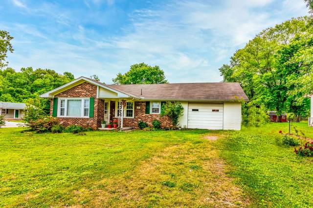 395 Voss St, Lawrenceburg, TN 38464 (MLS #RTC2258426) :: Ashley Claire Real Estate - Benchmark Realty