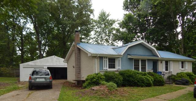 102 Hickory Drive, Dickson, TN 37055 (MLS #RTC2258475) :: The Miles Team | Compass Tennesee, LLC