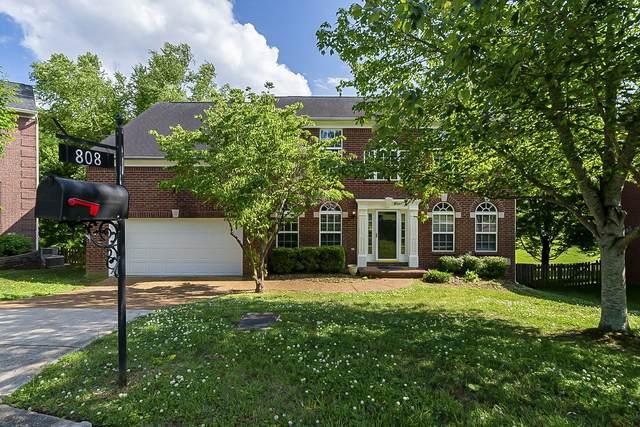 808 Glenavon Ct, Nashville, TN 37220 (MLS #RTC2258610) :: Movement Property Group