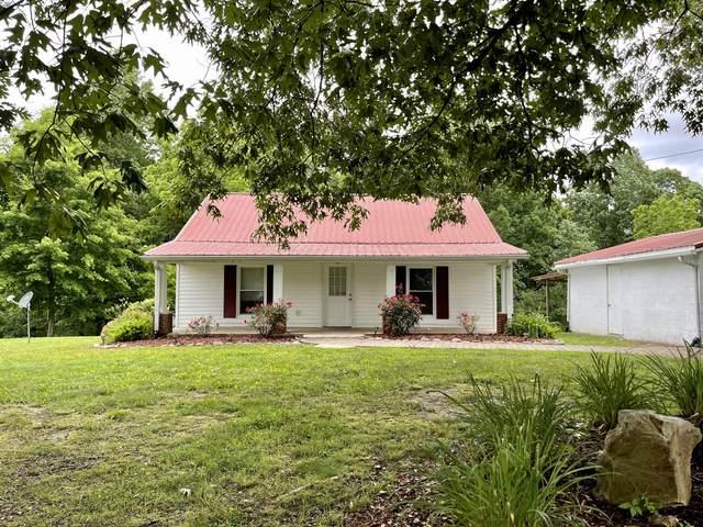 1051 Lewis Rd, Burns, TN 37029 (MLS #RTC2259267) :: The Godfrey Group, LLC