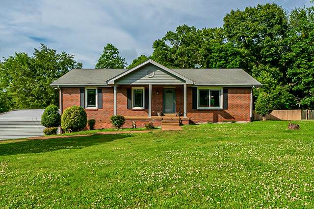 7212 Clearview Dr, Fairview, TN 37062 (MLS #RTC2259412) :: Village Real Estate