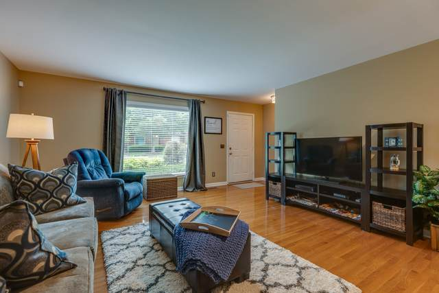 233 Highland Villa Cir, Nashville, TN 37211 (MLS #RTC2259564) :: The Godfrey Group, LLC