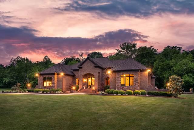 2904 N Mount Pleasant Rd, Greenbrier, TN 37073 (MLS #RTC2259944) :: Village Real Estate