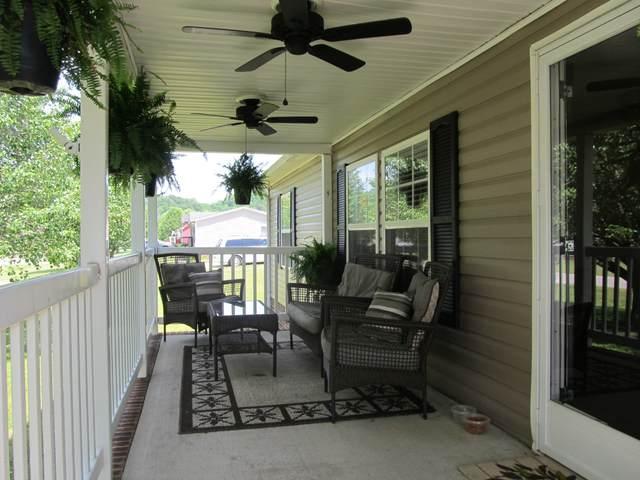 555 Saunders Ln, Kingston Springs, TN 37082 (MLS #RTC2260309) :: Village Real Estate