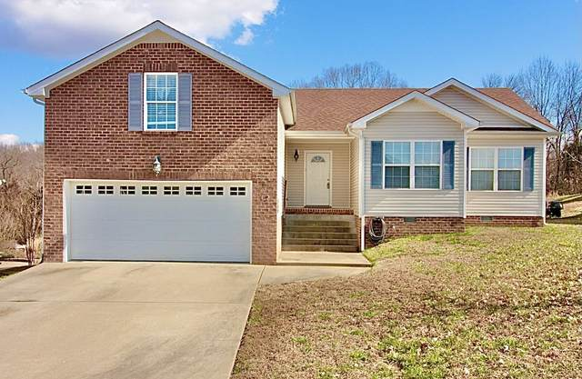 472 Cedar Valley Dr, Clarksville, TN 37043 (MLS #RTC2261415) :: The Huffaker Group of Keller Williams
