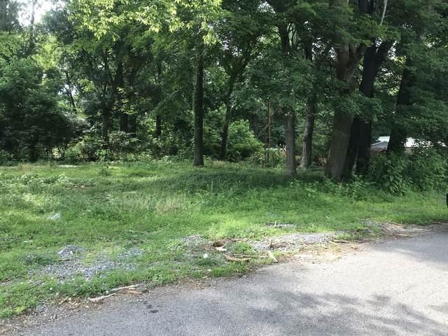 1928 Lewter Dr, Clarksville, TN 37042 (MLS #RTC2261907) :: Trevor W. Mitchell Real Estate