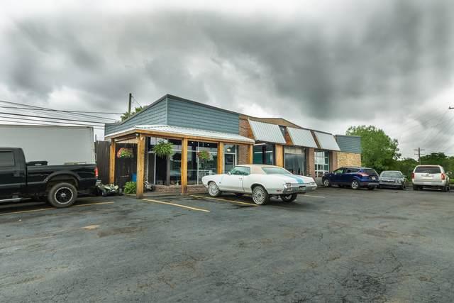 531 W Main St, Hendersonville, TN 37075 (MLS #RTC2262055) :: Kenny Stephens Team