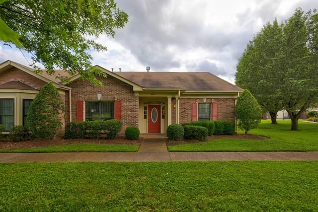 8542 Sawyer Brown Rd, Nashville, TN 37221 (MLS #RTC2262141) :: Nashville Roots