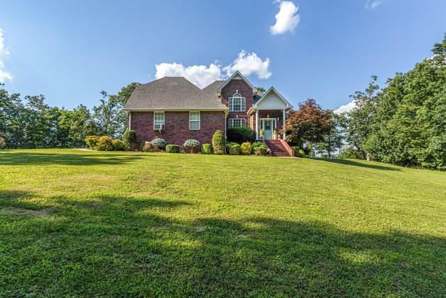 7425 Rowe Gap Rd, Belvidere, TN 37306 (MLS #RTC2262539) :: Village Real Estate
