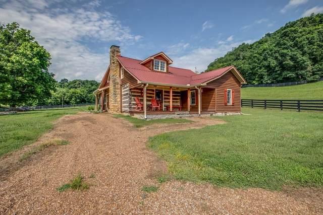 3811 Robinson Rd, Thompsons Station, TN 37179 (MLS #RTC2262589) :: Village Real Estate