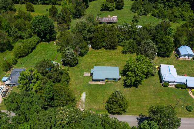558 Joslin Branch Rd, White Bluff, TN 37187 (MLS #RTC2263232) :: Village Real Estate