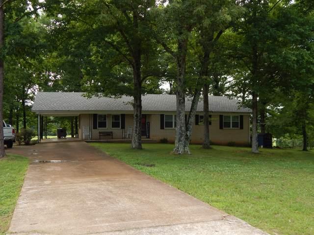 2261 Waynesboro Hwy, Waynesboro, TN 38485 (MLS #RTC2263247) :: Village Real Estate