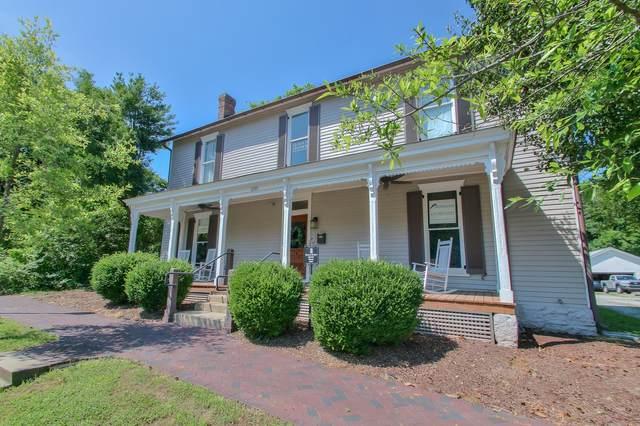 235 3rd Ave N, Franklin, TN 37064 (MLS #RTC2263275) :: DeSelms Real Estate