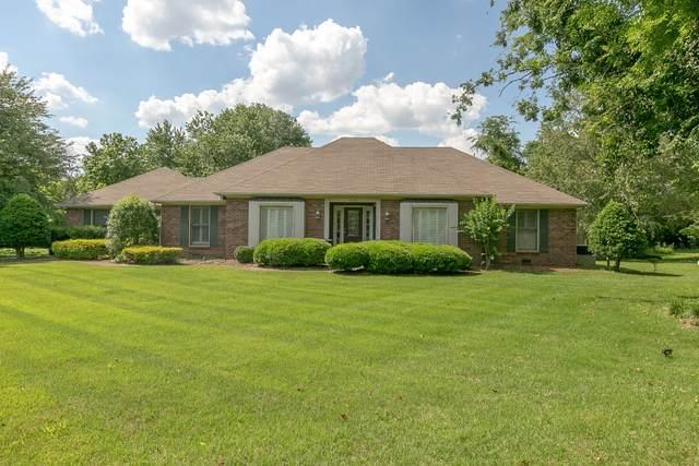 2128 Riverbend Dr, Murfreesboro, TN 37129 (MLS #RTC2263981) :: RE/MAX Fine Homes