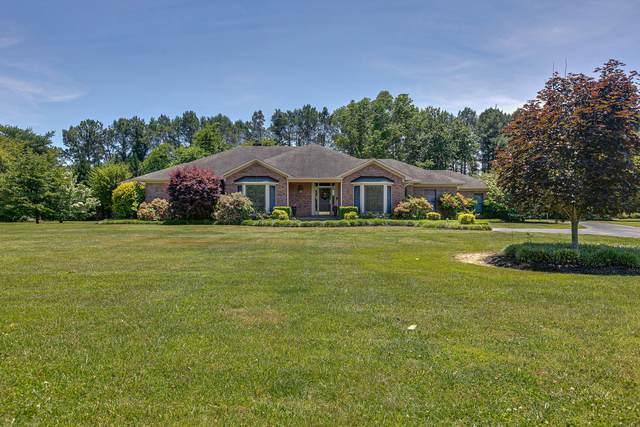 945 9th St, Lawrenceburg, TN 38464 (MLS #RTC2264831) :: RE/MAX Fine Homes