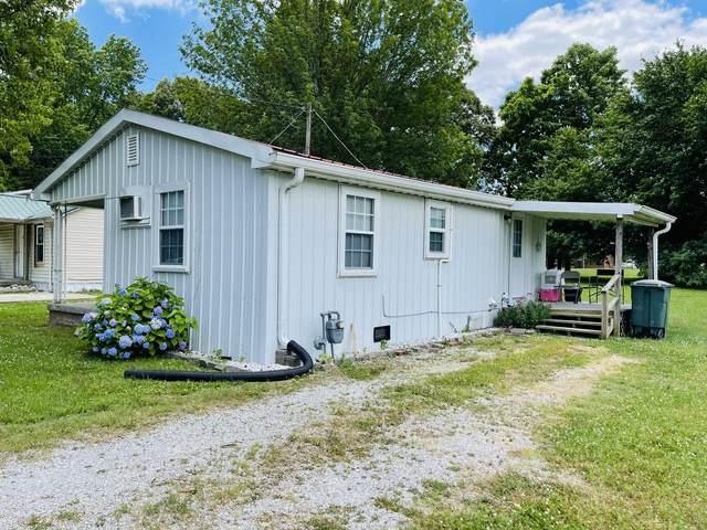 216 Strawberry St, Portland, TN 37148 (MLS #RTC2265286) :: RE/MAX Homes and Estates, Lipman Group