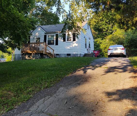 933 Woody Hills Dr, Clarksville, TN 37040 (MLS #RTC2265485) :: Nelle Anderson & Associates