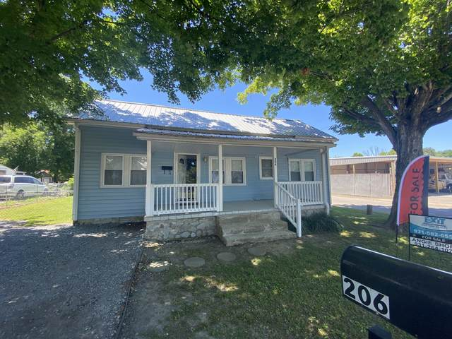 206 Melrose Ave, Waverly, TN 37185 (MLS #RTC2265766) :: Your Perfect Property Team powered by Clarksville.com Realty
