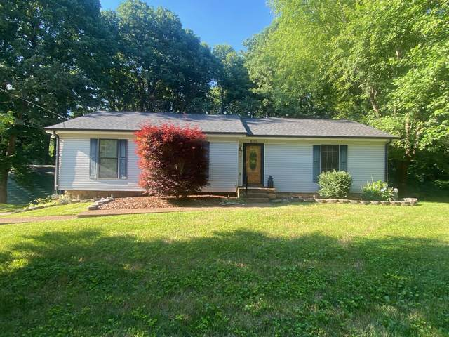 1015 Winding Way Dr, White House, TN 37188 (MLS #RTC2266656) :: Trevor W. Mitchell Real Estate