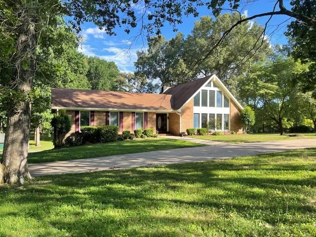 803 Windermere Dr, Clarksville, TN 37043 (MLS #RTC2267248) :: RE/MAX Fine Homes