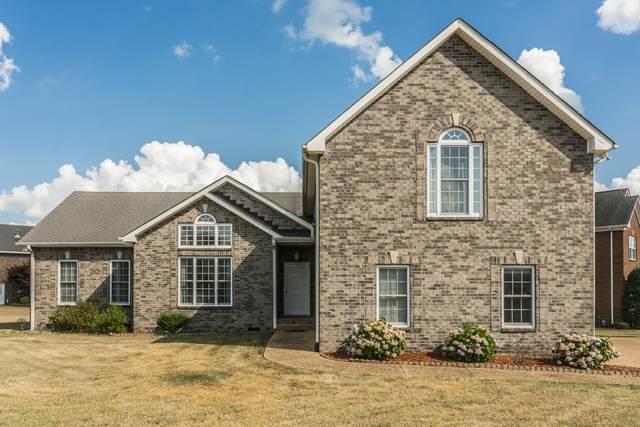 101 Clairmonte Ln, Hendersonville, TN 37075 (MLS #RTC2268251) :: DeSelms Real Estate