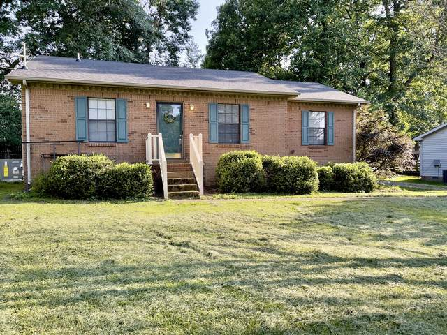 308 Oakdale Dr, White House, TN 37188 (MLS #RTC2268790) :: Exit Realty Music City