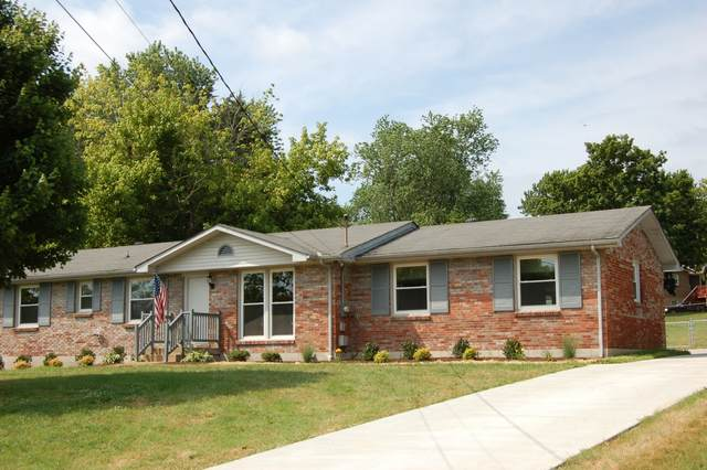 109 La Sabre Dr, Hendersonville, TN 37075 (MLS #RTC2269028) :: Kimberly Harris Homes