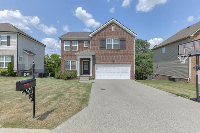 1040 Solomon Ln, Spring Hill, TN 37174 (MLS #RTC2269692) :: The Helton Real Estate Group