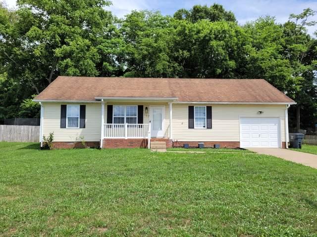 157 Oak Tree Dr, Oak Grove, KY 42262 (MLS #RTC2270149) :: DeSelms Real Estate