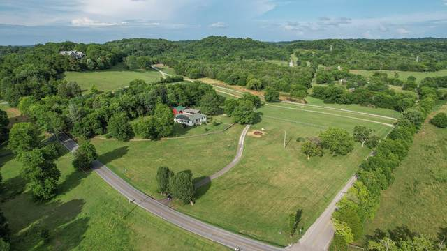 5672 Carters Creek Pike, Thompsons Station, TN 37179 (MLS #RTC2270354) :: Nashville on the Move