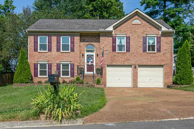 619 Winners Circle Pl, Thompsons Station, TN 37179 (MLS #RTC2270592) :: Village Real Estate