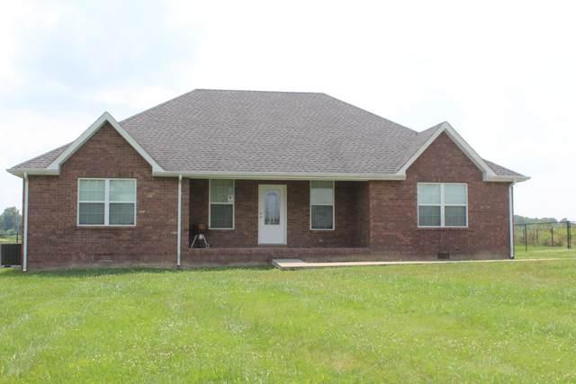 637 Long Creek Rd, Lafayette, TN 37083 (MLS #RTC2271029) :: Amanda Howard Sotheby's International Realty