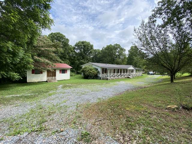 7106 Lake Rd, Fairview, TN 37062 (MLS #RTC2271584) :: FYKES Realty Group
