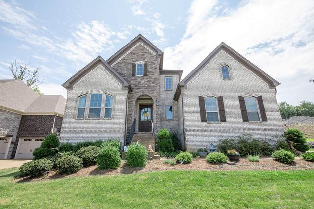 215 S Malayna Dr, Hendersonville, TN 37075 (MLS #RTC2272457) :: Your Perfect Property Team powered by Clarksville.com Realty