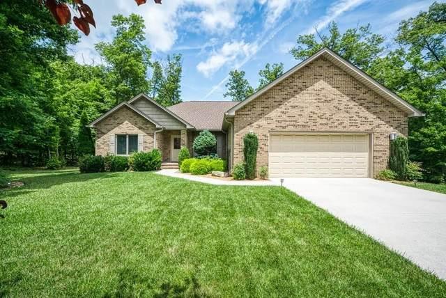 121 Hickory Ridge Ln, Crossville, TN 38558 (MLS #RTC2272629) :: The Helton Real Estate Group