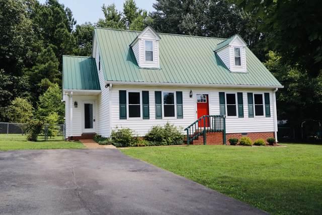 127 Greenbrier St, Dickson, TN 37055 (MLS #RTC2273496) :: Nashville on the Move