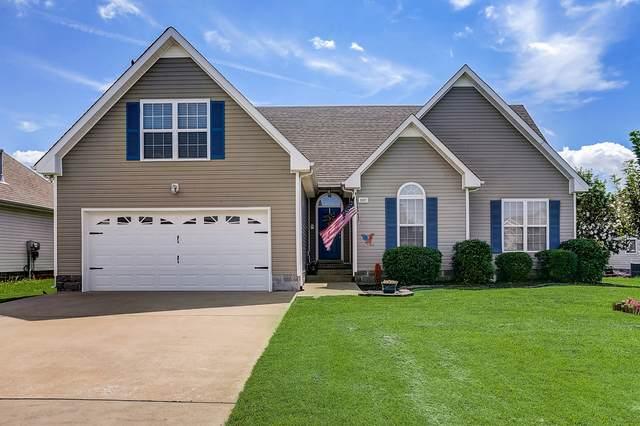 3637 Aurora Dr, Clarksville, TN 37040 (MLS #RTC2274473) :: DeSelms Real Estate